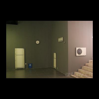《物件—插座、钟表、空调、空调外机、冰箱、垃圾桶》 程广峰