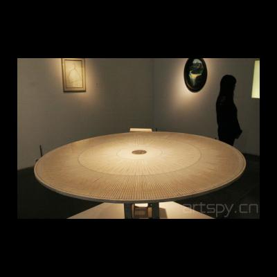 黄永砯 《四个轮子的大转盘》