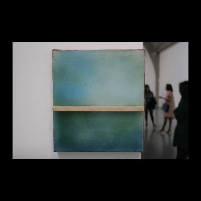 木上蓝上木,布上丙烯、木头,2013-2014