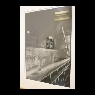 张海儿,《有摄影师左手的夜景》,1987